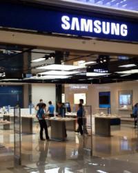 Samsung Electronics Opens Customer Service Plaza in New Delhi