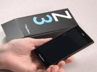 First Look: BlackBerry Z3 Official  Unboxing Video
